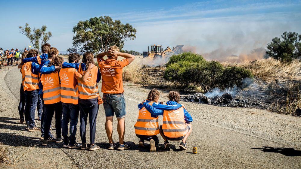 Vattenfall-teamet fortviler over at bilen har gått opp i røyk.
