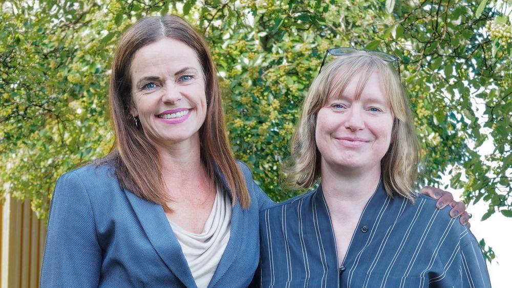 Marie Bysveen, til venstre, og Annemie Wyckmans søker om støtte til et nytt Geminisenter for smarte byer. En av hovedoppgavene blir å få bedre kontakt med EU og europeiske institusjoner. Det må til om norske miljøer skal bidra til å nå EUs mål om 100 klimanøytrale byer innen 2030.