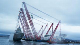 Det tok under fire måneder fra KNM Helge Ingstad kolliderte og sank, til fartøyet ble levert på lekter til Sjøforsvaret