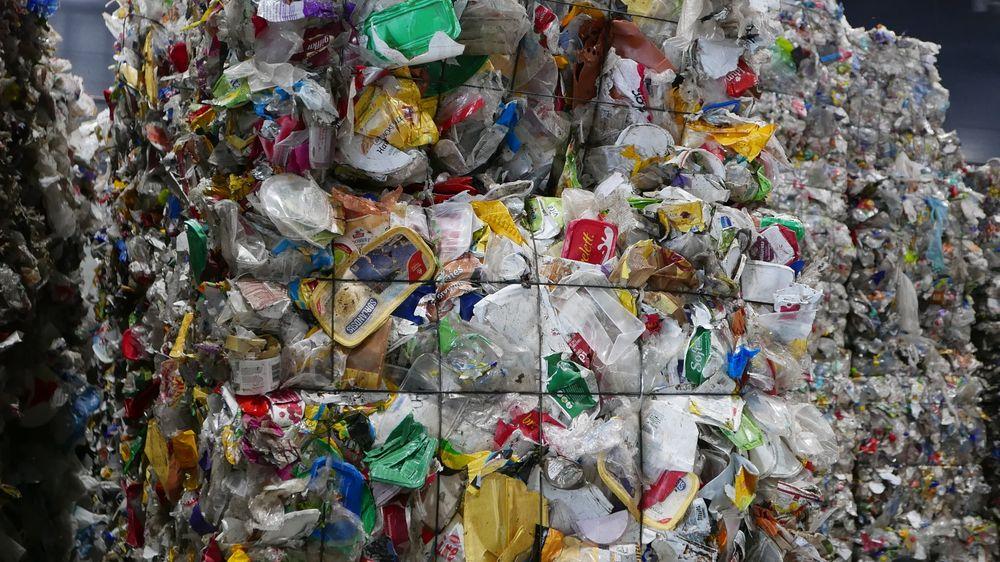 Danske Ingeniøren har estimert at knapt en tredel av plasten som blir samlet inn og sortert i boligene i fem kommuner bak avfallsselskapet Reno-Nord, ender opp med å bli gjenvunnet.
