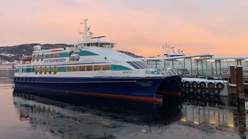 – Hurtigbåter vil alene kunne gi et stort nok marked for oppstart med trykksatt hydrogen