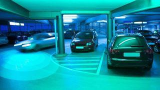 Sensorer som oppdager bilens skygge før bilen kan sees, skal hjelpe selvkjørende biler til å bli tryggere.