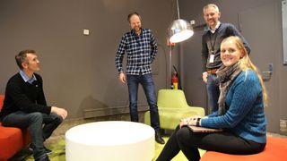 Utviklere i Sparebank1. Fra venstre: Kristoffer Berg, Stian Conradsen, Vidar Moe og Ida Christine Krokeide.