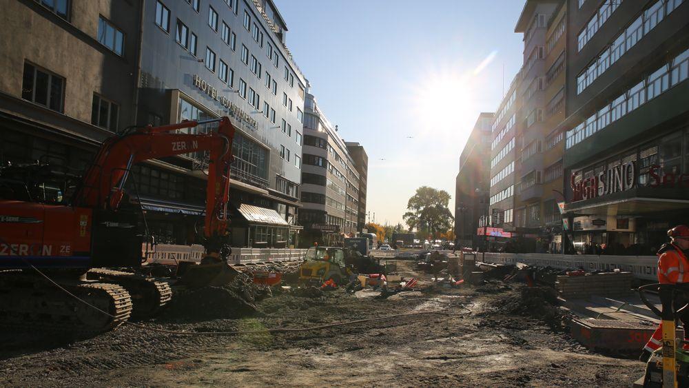 I Olav Vs gate i Oslo sentrum har Oslo kommune det de tror er verdens første utslippsfrie byggeplass.