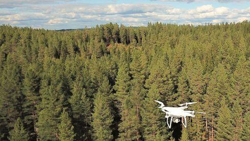 Astrup ser på droner for å sikre mobildekning