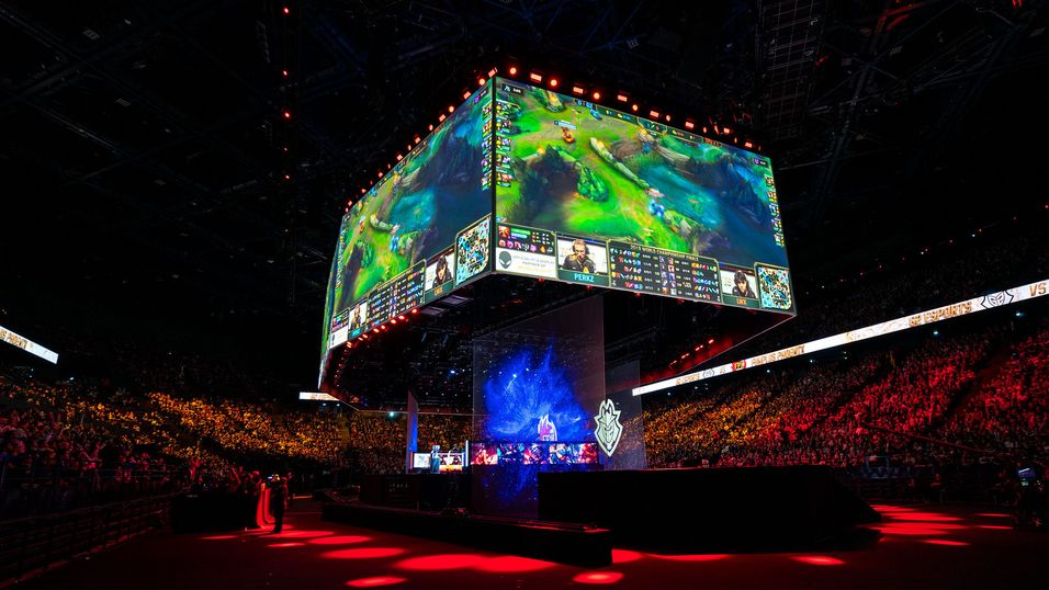 Fullsatt sal under League of Legends Worlds-finalen.