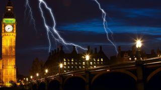 Raskt frekvensfall ved britisk strømutfall avslører svakhet ved fremtidens strømnett