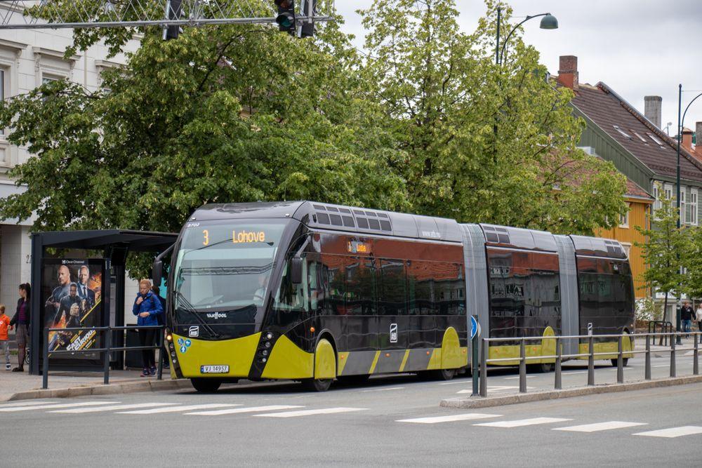 Bare én av fire mener metrobussen vil gi et bedre