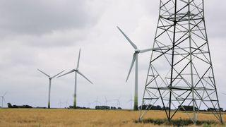 Danske eksportkabler er for små: Må stoppe vindmøllene