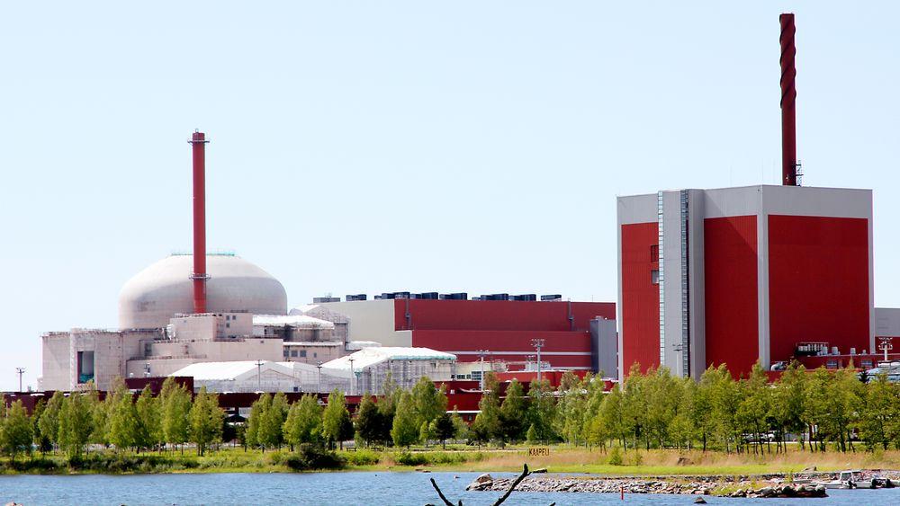 Finland er i dag verdensledende når det gjelder etablering av et deponi for brukt reaktorbrensel. I 2015 ga den finske regjeringen tillatelse til bygging av et slikt anlegg, og dette arbeidet pågår for fullt ved kjernekraftverket i Olkiluoto.