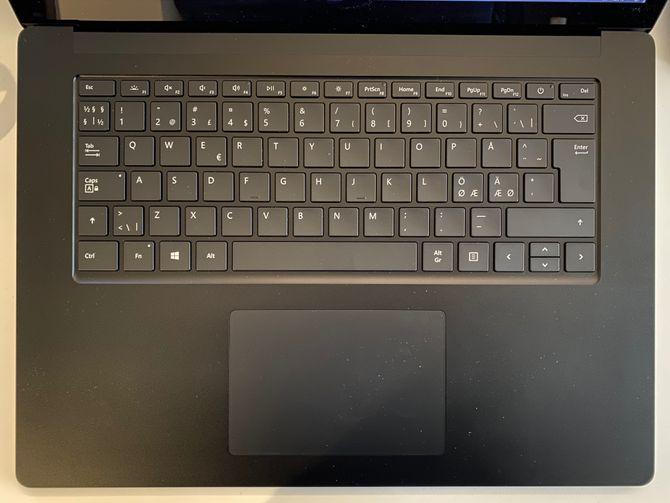 Tastaturet er blant de aller beste –det samme gjelder pekeplaten.