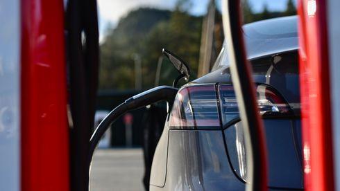 Bensin- og dieselsalget stuper – staten mister en halv milliard i avgifter