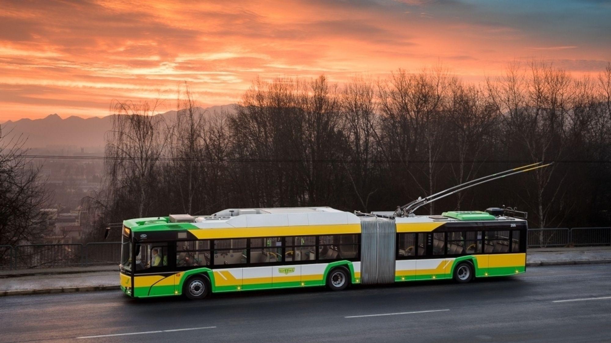 Keolis setter inn ti slike Solaris Trollino 18-busser i Bergen.
