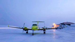 Fem av de nye Beech B250-flyene til Babcock er tatt ut av tjeneste på grunn av tekniske problemer. Med seks operative fly betyr det at tjenesten nesten er halvert.