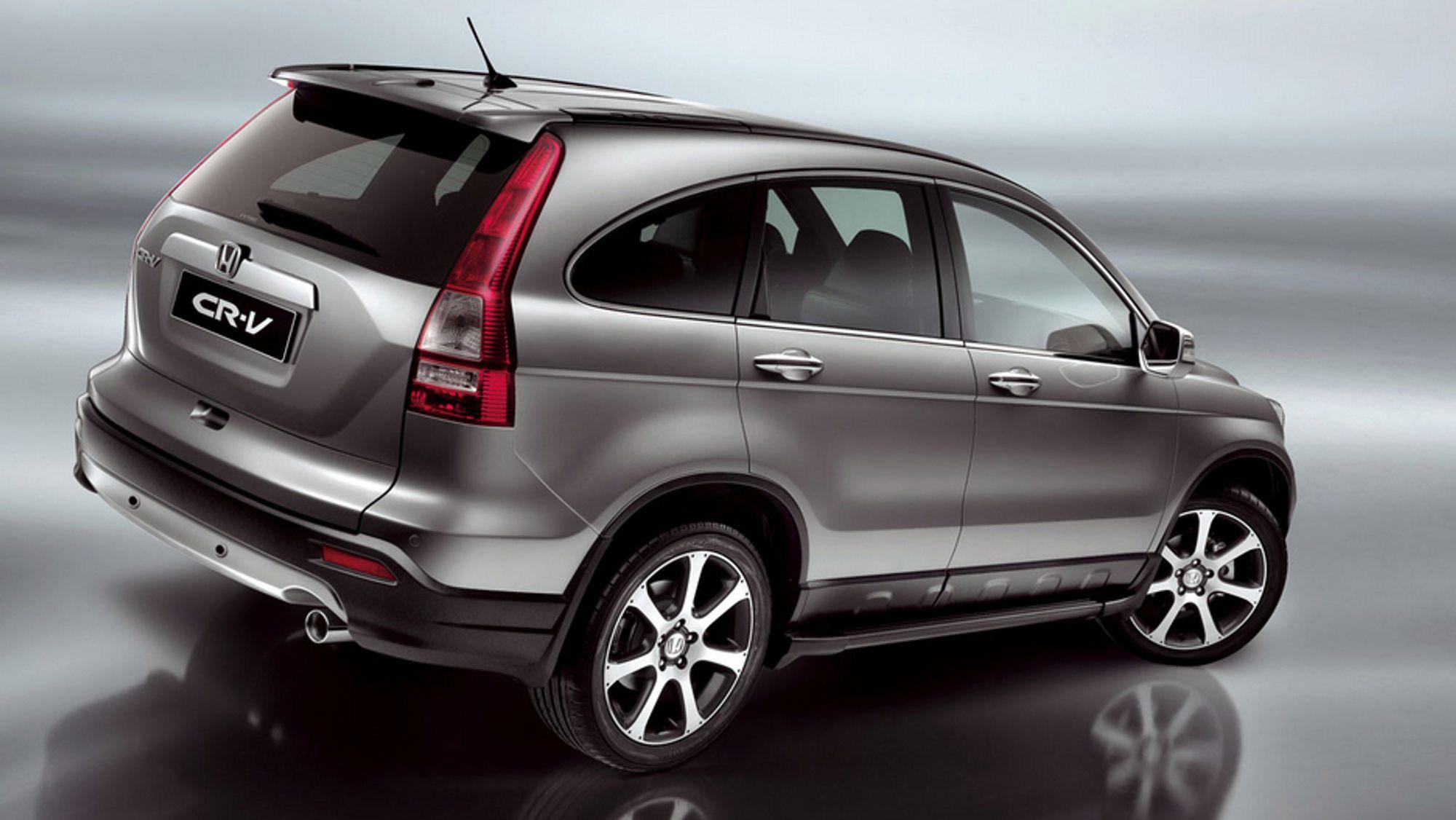 Hondas CR-V er en av tidenes mest solgte SUVer i hele verden. Nå utgjør SUV-er 40 prosent av salget av nye biler, godt drevet fram av USA, hvor annenhver bilkjøper sverger til de høye og tunge kjøretøyene.