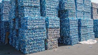 For lite av plasten vi bruker blir resirkulert. Nå tror et nederlandsk selskap at de har funnet løsningen