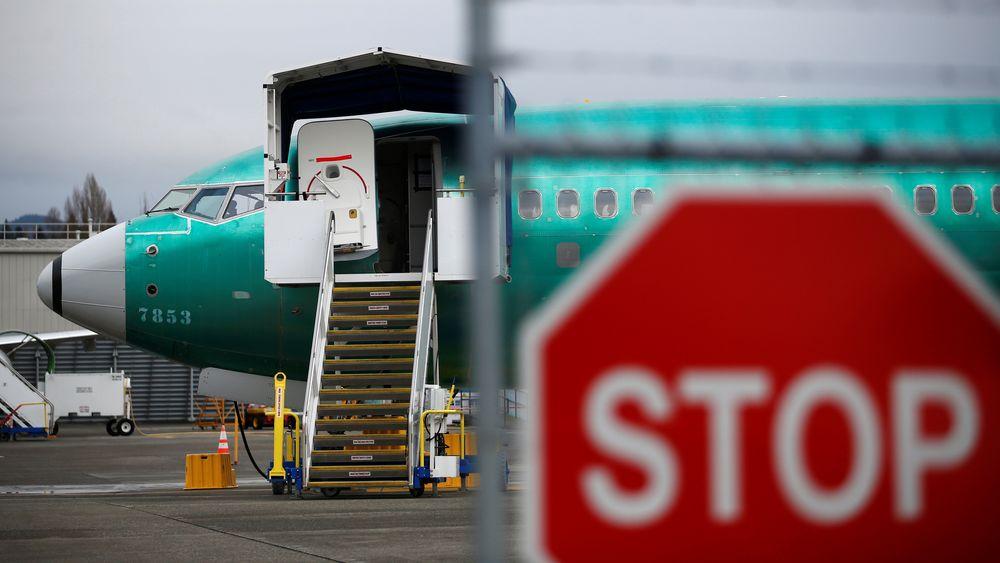 Boeing stanser produksjonen av fly i januar inntil flyet igjen får tillatelse til å fly. Her er et Boeing 737 Max avbildet ved Boeings produksjonsanlegg i Renton i USA.