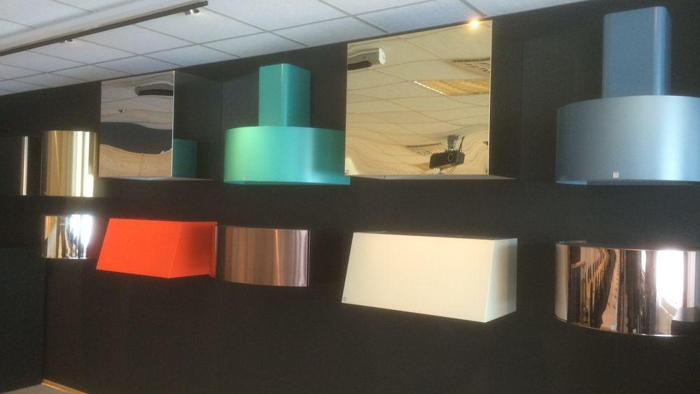 Hos Røros Metall kan kundene bestille det de ønsker i både form og farge.