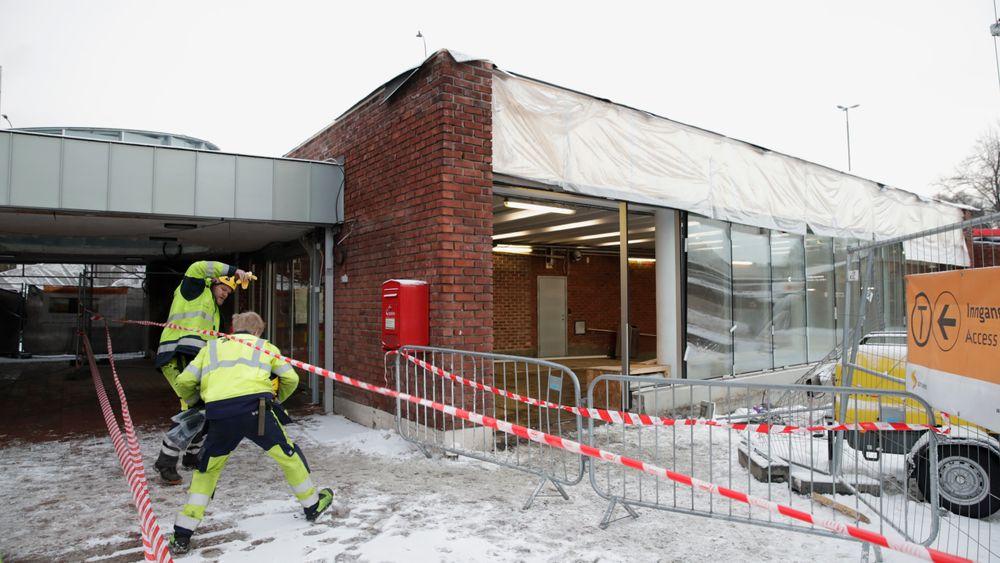 Natt til mandag 17. desember 2018 oppstod en brann og påfølgende eksplosjon i en sveisevogn med gassflasker i T-banetunnelen mellom Ensjø og Helsfyr stasjoner.