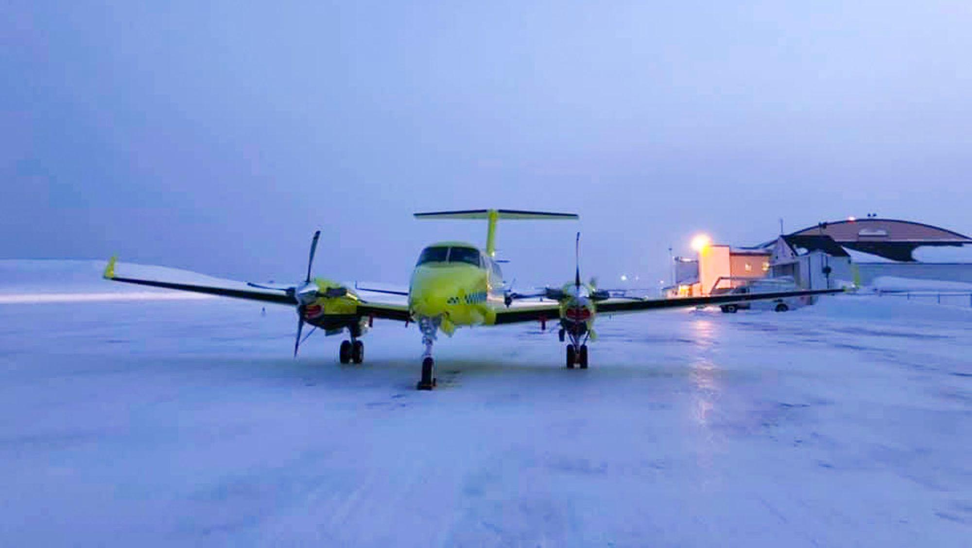 Fire av de nye Beech B250 ambulanseflyene til Babcock ble i starten av desember tatt ut av tjeneste etter tekniske feil. Andre juledag oppsto en lignende feil på ett av flyene på vei til Mehamn i Kirkenes.