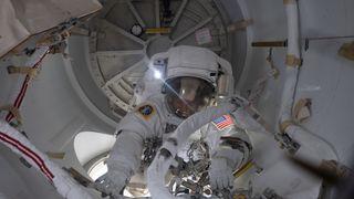 Astronaut på ISS fikk blodpropp i halspulsåren. Slik løste de utfordringen