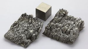 /2514/2514040/scandiumsublimeddendriticand1cm3cube.300x169.jpg