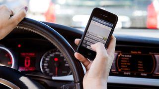 Forskerne nyanserer: Mobiltelefon kan bedre trafikksikkerheten