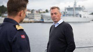 Skipstekniker og forsvarsminister: Teknologi får en stadig større plass i sikkerhetspolitikken