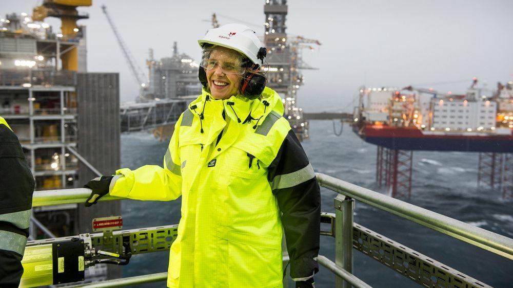 – Selv om vi skulle nå målene i Parisavtalen, som vi håper å gjøre, så vil verden trenge mye olje og gass også i framtida, sier olje- og energiminister Sylvi Listhaug (Frp).