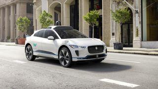 Waymo har gjort en avtale om å kjøpe inntil 20.000 elektriske Jaguar I-Pace.