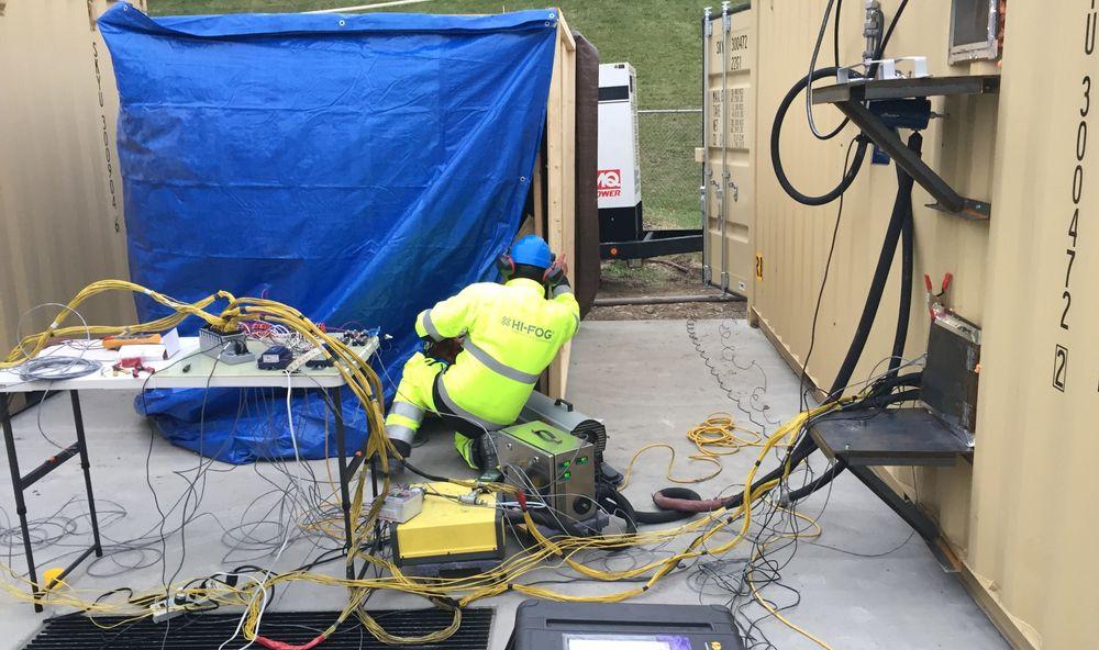 DNV GLs testanlegg i Rochester, USA, ble brukt til å teste batteribranner og slokking.