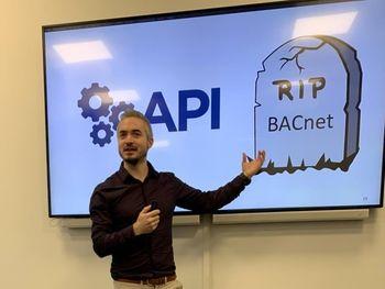 Tommy Hagenes understreker at BACnet har verken kryptering eller sikkerhet