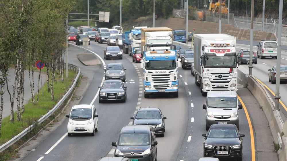 I to nye rapporter konkluderer danske forskere med at det vil bli en stor vekst i bilkøene de kommende 15 årene, og frykter for konsekvensene det vil ha for arbeidspendling.