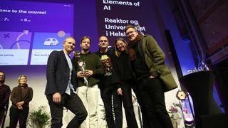 Elements of AI mottok DOGA-merket for design og arkitektur. Det nettbaserte kurset er utviklet av det finske design- og teknologiselskapet Reaktor, det norske designbyrået Feed og Universitetet i Helsinki.