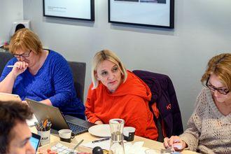 Elin Floberghagen (fra venstre), Nina Fjeldheim og Kristin Taraldsrud Hoff i PFU-møtet 29. januar.