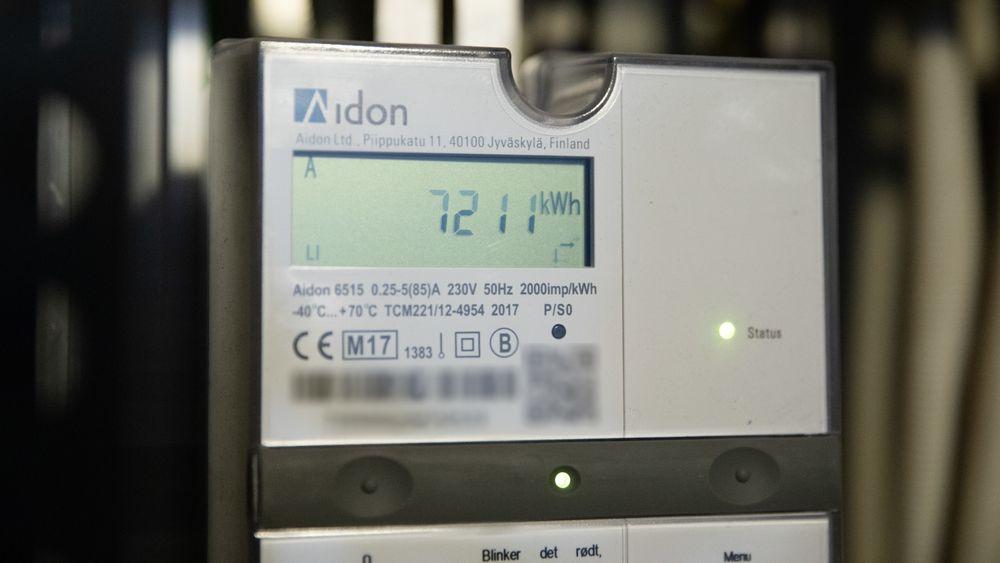 Strømprisen før avgifter og påslag er i år under halvparten av det den var i fjor.
