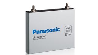 En prismatisk battericelle Panasonic allerede produserer. Lignende celler skal lages sammen med Toyota for bruk i elbiler.