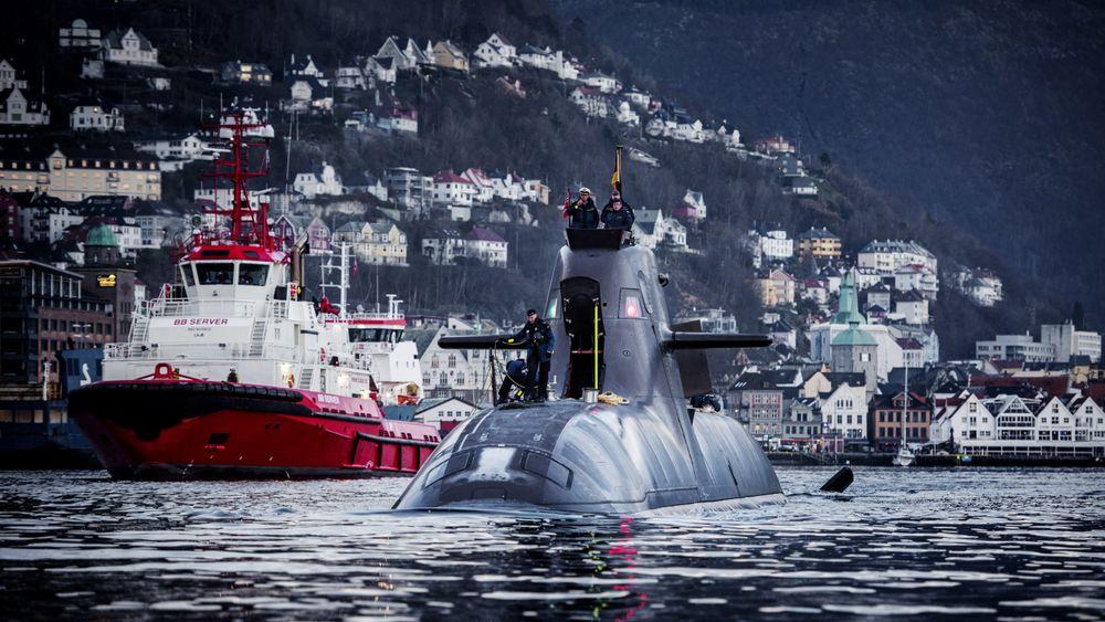 Den nye 212CD-klassen vil bygge på 212A-designet, her representert tyske U-32 i havna i Bergen.