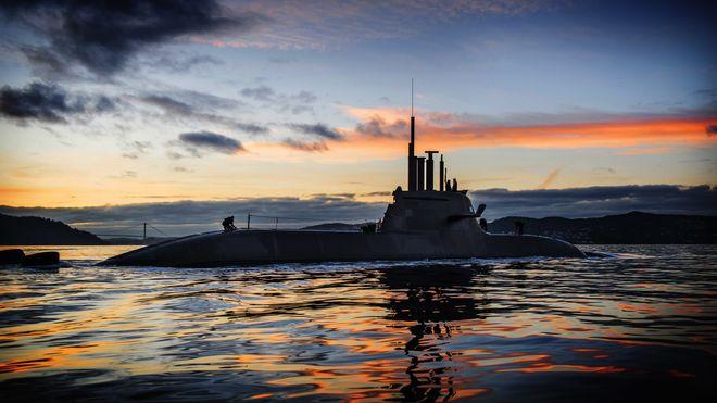 Det gikk skeis med Sverige og Danmark: Norge leter fortsatt etter flere som kan spleise på den enorme ubåtregninga
