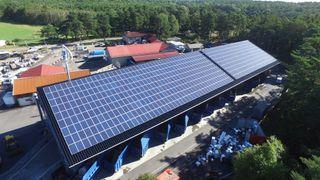 Derfor er disse solcellene mer effektive enn tilsvarende anlegg i Milano