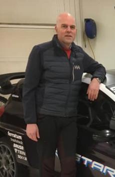 - Den er fælt rask, sier Nils Reimers i Holten Motorsport om den nye elektriske rallycrossbilen.