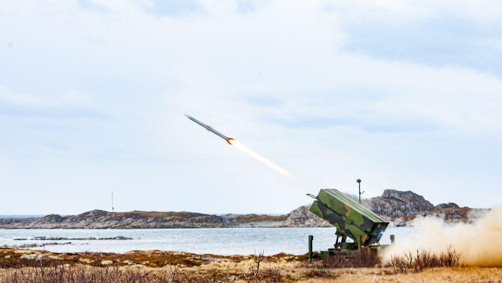 Luftvernartilleribataljonen (LvBn) fra Ørlandet skyter med NASAMS III-luftvern på Andøya i 2019.