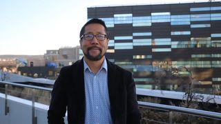 Global analysesjef i Deloitte, Paul Lee var nylig på norgesbesøk. Her fra taket på Deloittes kontorer i Bjørvika.