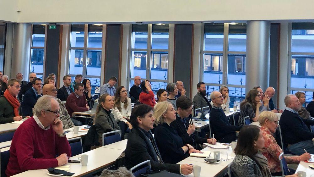 Akademikerne holdt frokostmøte for seniorer som vil prøve seg som gründere på Høyres hus i januar 2020.
