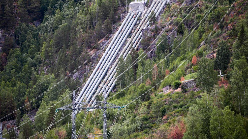 Norsk vannkraftproduksjon bør økes, men det må insentiver til for å få investorene på gli. Nore I er et kraftverk som utnytter fallet mellom Tunhovdfjorden og Uvdalselva, som utgjør nedre vannspeil (Rødbergdammen) ved tettstedet Rødberg sentrum i Nore og Uvdal kommune i Buskerud. Kraftverket er heleid av Statkraft.