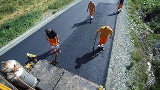 Bare tre selskaper er interessert i å legge asfalt for 100 millioner i Nord-Norge