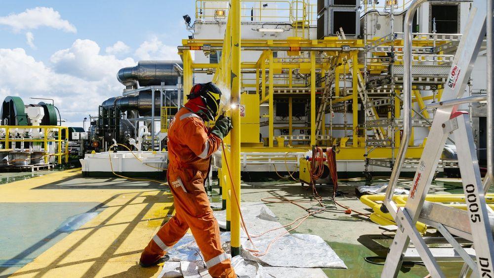 Oljearbeidere opplever at de ikke blir anerkjent for endringsviljen, ifølge forskning. Bildet er fra Safe Boreas utenfor Stavanger.