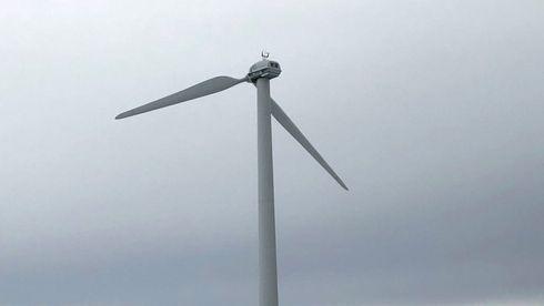 Grønlandsk testmølle mistet vingen igjen: Hvorfor skjer ikke dette andre steder i verden?