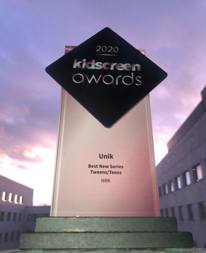 NRK Supers dokumentarserie Unik har vunnet Kidscreen Awards for beste nye serie for tweens/tenåringer.