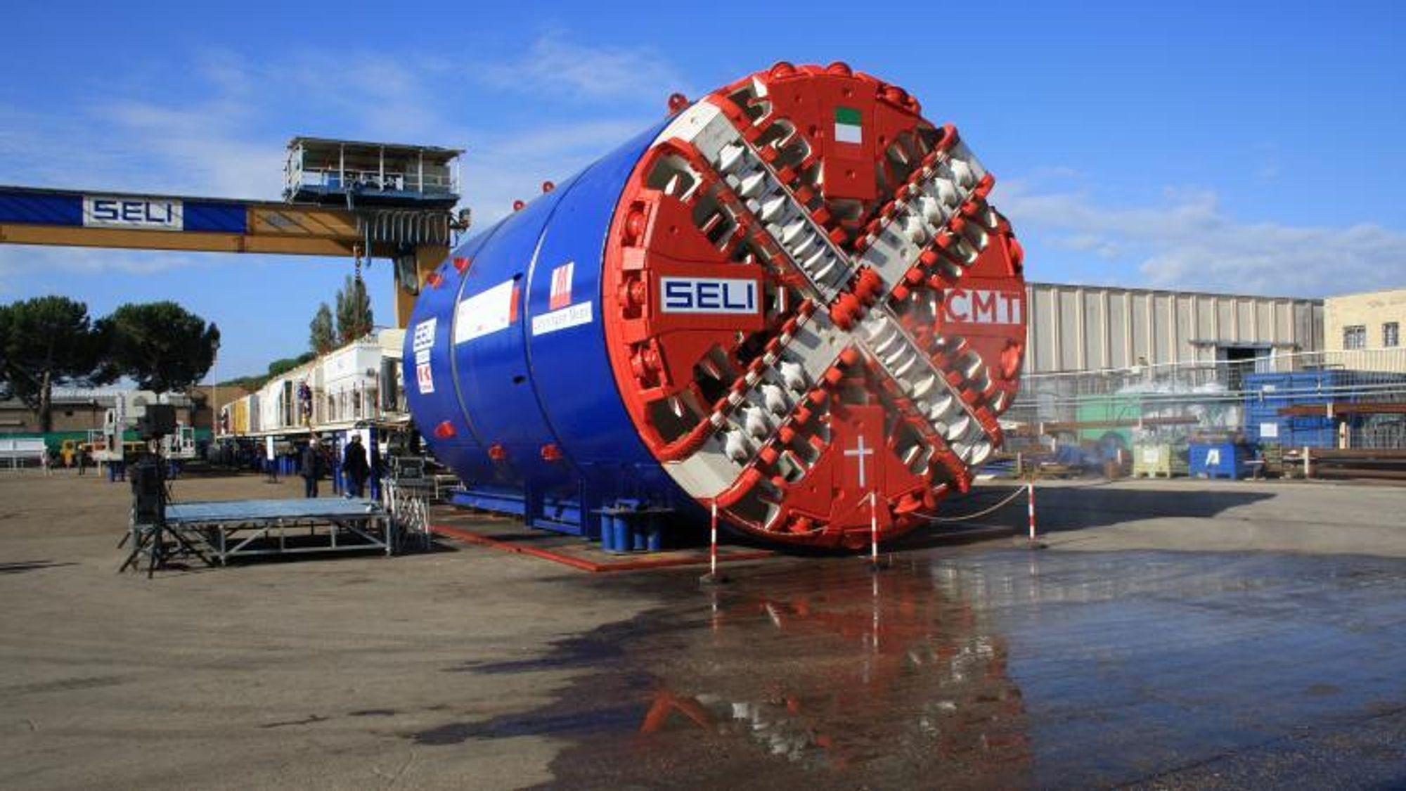 Hva er det som løsner jorda foran tunellbormaskiner?